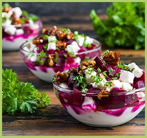 Beet salad with yoghurt