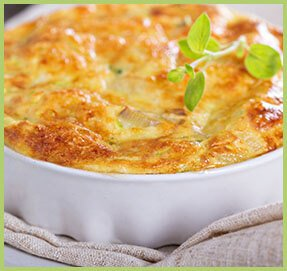 Soufflé with cheese and yoghurt